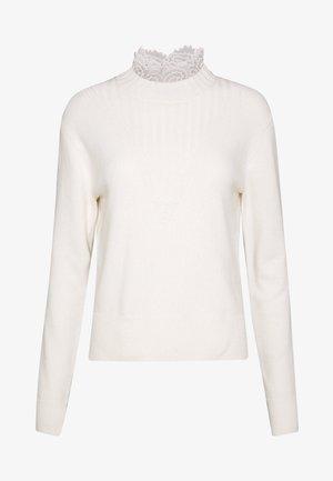 Pullover - confident white