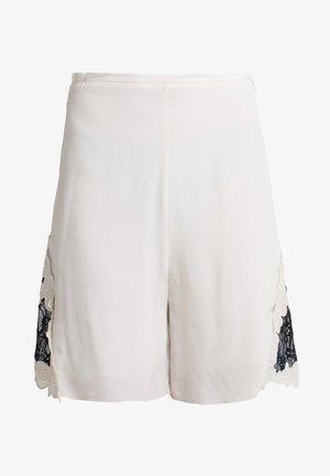 Shorts - milk