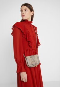 See by Chloé - HANA MINI - Across body bag - motty grey - 1