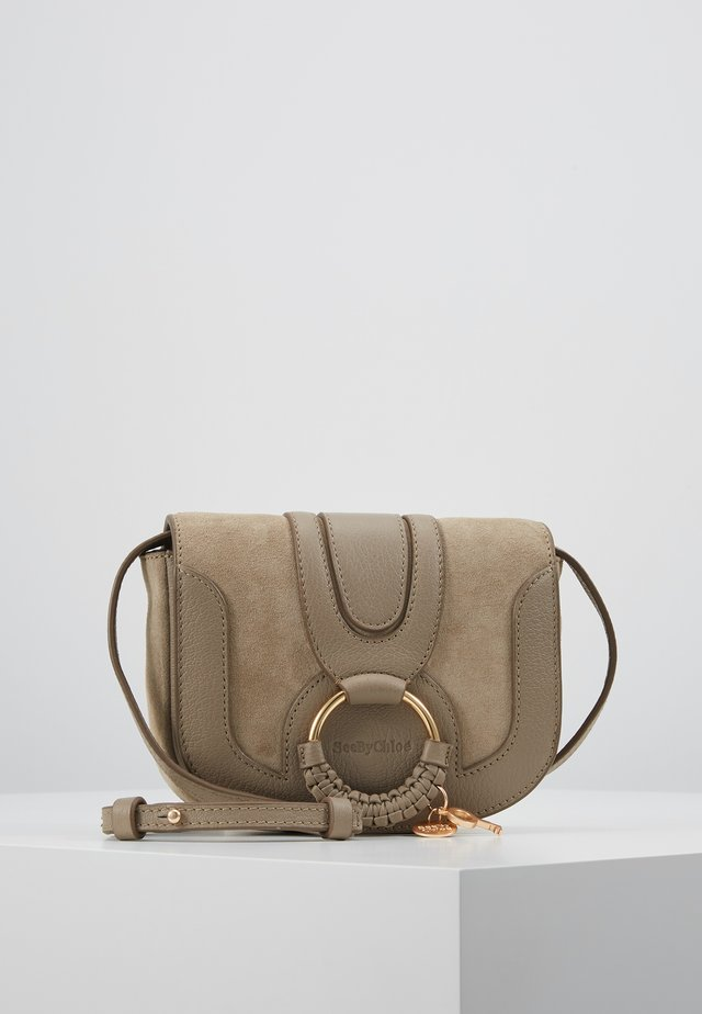 HANA MINI - Across body bag - motty grey