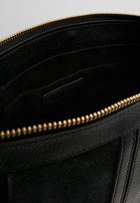 See by Chloé - HANA SMALL - Handbag - black - 4