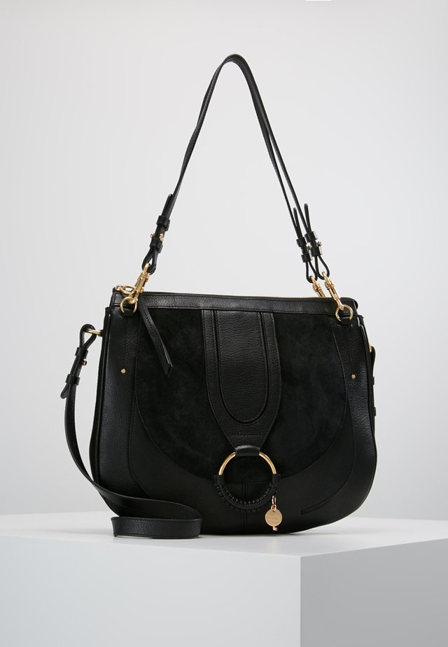 HANA SMALL - Handtasche - black