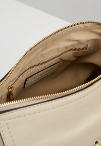 See by Chloé - JOAN SMALL - Sac à main - cement beige - 4