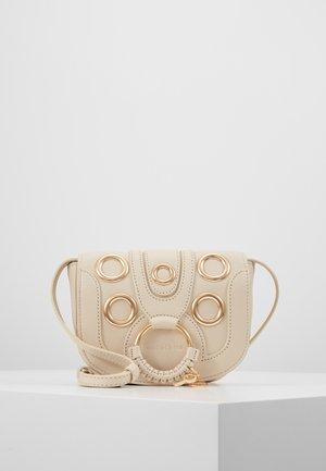 HANA - Across body bag - cement beige