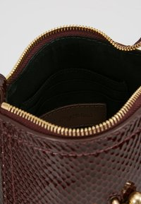 See by Chloé - JOAN SMALL - Bandolera - burgundy - 4