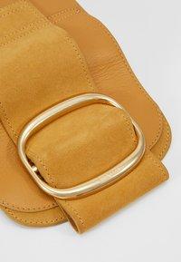 See by Chloé - HOPPER - Across body bag - burnt yellow - 2