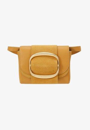 HOPPER - Across body bag - burnt yellow