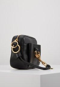 See by Chloé - TONY CROSSBODY - Across body bag - black - 4