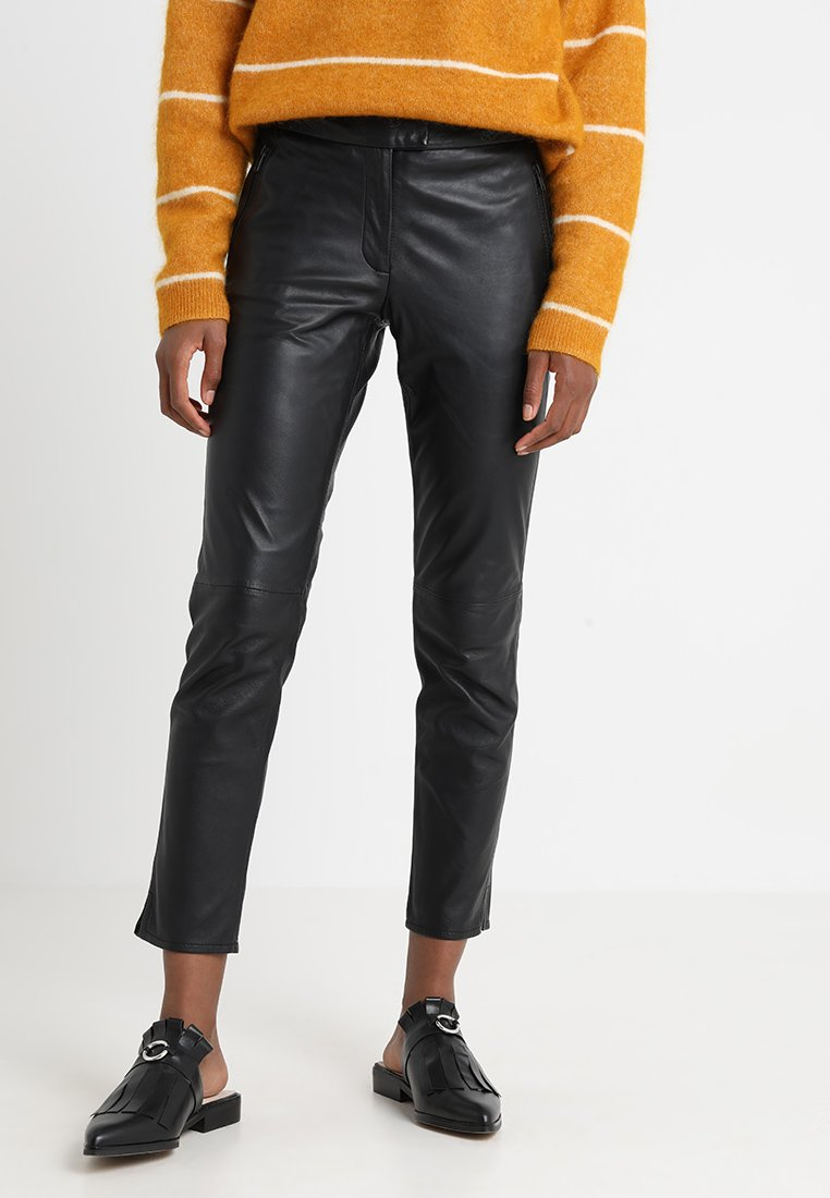 Second Female - ROBINA CROPPED TROUSERS - Leather trousers - black