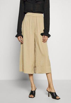 MINGA NEW TROUSERS - Pantalones - beige