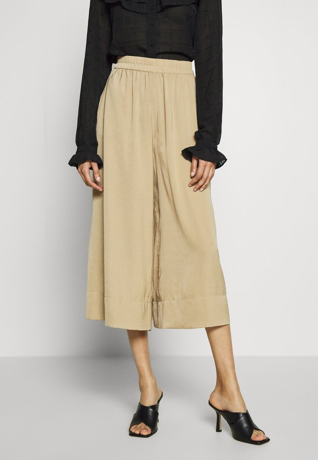 MINGA NEW TROUSERS - Broek - beige