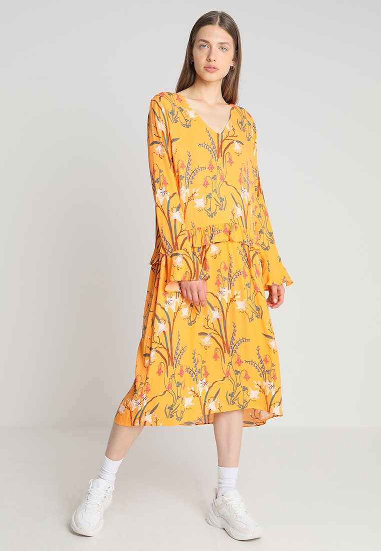 Second Female - MORRIS DRESS - Maxi dress - apricot