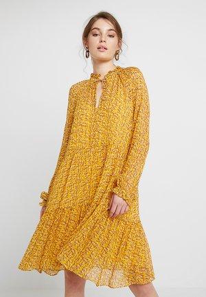 BRANCH MIDI DRESS - Kjole - daffodil