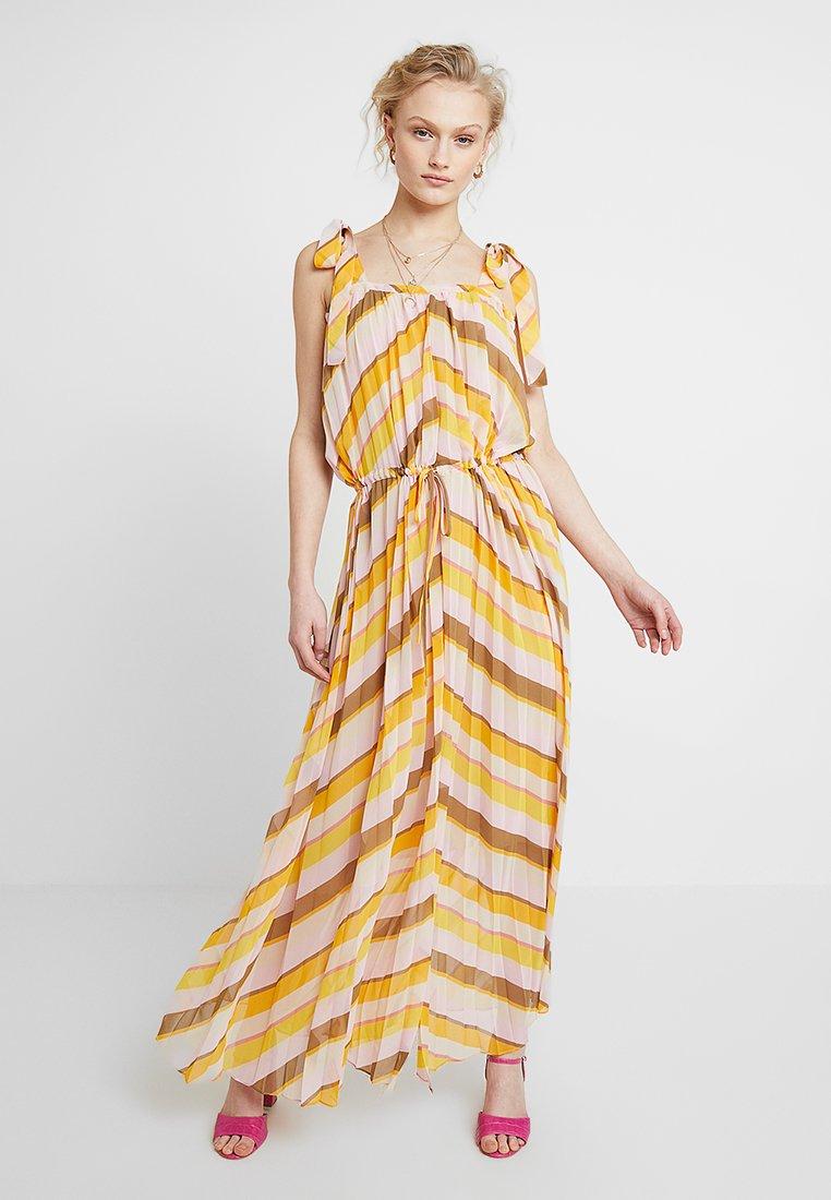 Second Female - LIVE STRAP DRESS - Maxikleid - cadmium yellow