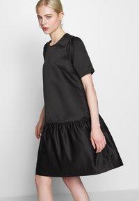 Second Female - STARBORN DRESS - Vardagsklänning - black - 4
