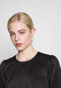 Second Female - STARBORN DRESS - Vardagsklänning - black - 3