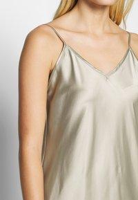 Second Female - ARZUR SLIP DRESS - Day dress - abbey stone - 4