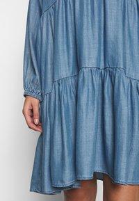 Second Female - DRESS - Vardagsklänning - blue denim - 4