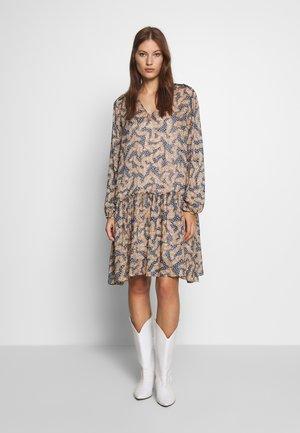 WILDLY SHORT DRESS - Day dress - creme de peche