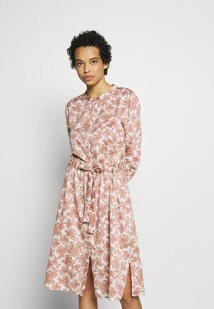 HELLEN DRESS - Shirt dress - eggnog