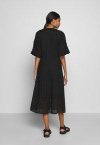 Second Female - MILLY DRESS - Kjole - black - 2