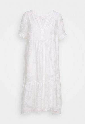 MILA MIDI DRESS - Denní šaty - white alyssum
