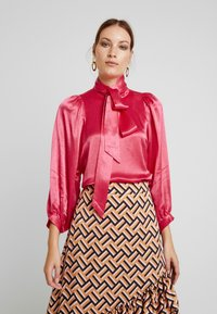Second Female - MOONLIGHT BLOUSE - Blouse - rose red - 0
