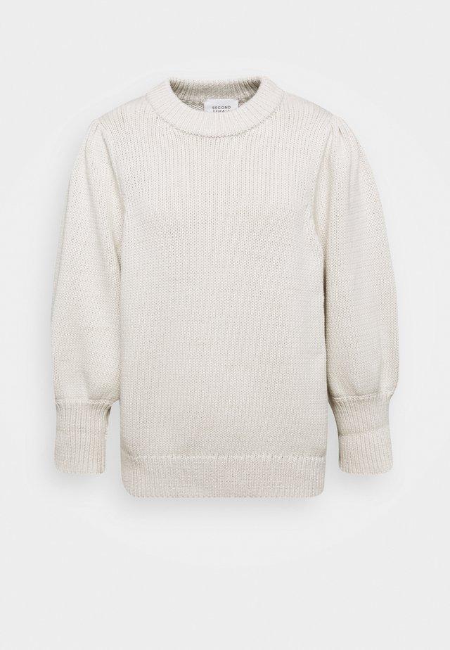 MYNTE ONECK - Stickad tröja - antique white