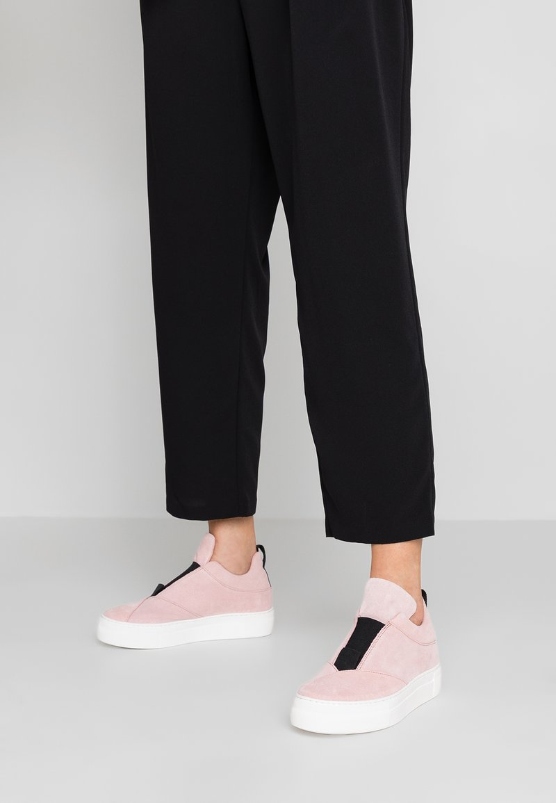 Selected Femme - SLFANN SLIPON - Loafers - heavenly pink