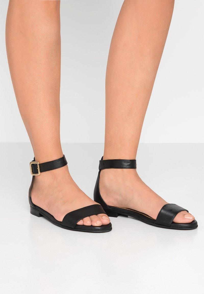 Selected Femme - SLFMERLE FLAT  - Sandals - black