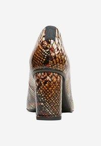 Selected Femme - Klassieke pumps - brown - 3