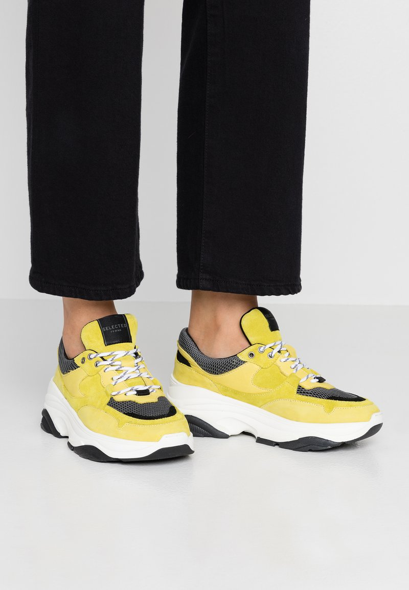 Selected Femme - SLFGAVINA TRAINER - Trainers - safety yellow