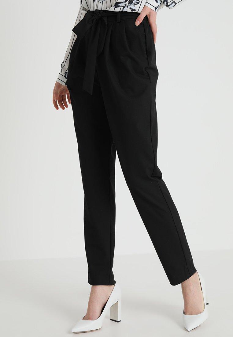 Selected Femme - SLFBIO KIPAS PANT  - Trousers - black
