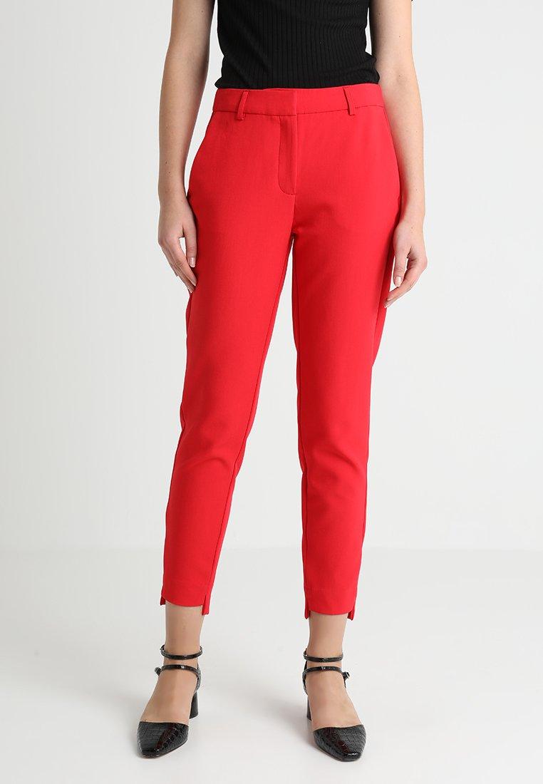 Selected Femme - SLFAMILA PANT - Stoffhose - true red
