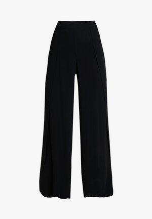 SLFUMA PANT - Trousers - black