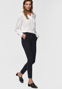 Selected Femme - Trousers - dark sapphire - 3