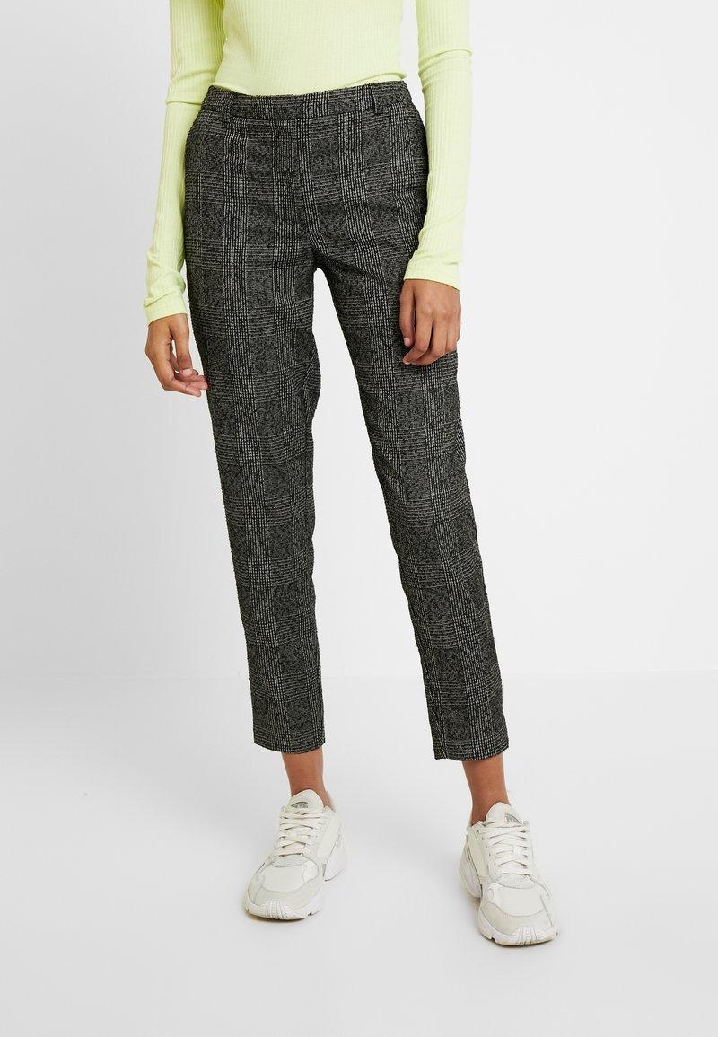 Selected Femme - SLFMUSI CROPPED PANT - Trousers - black/melange