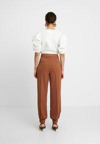 Selected Femme - Pantaloni - chipmunk - 3