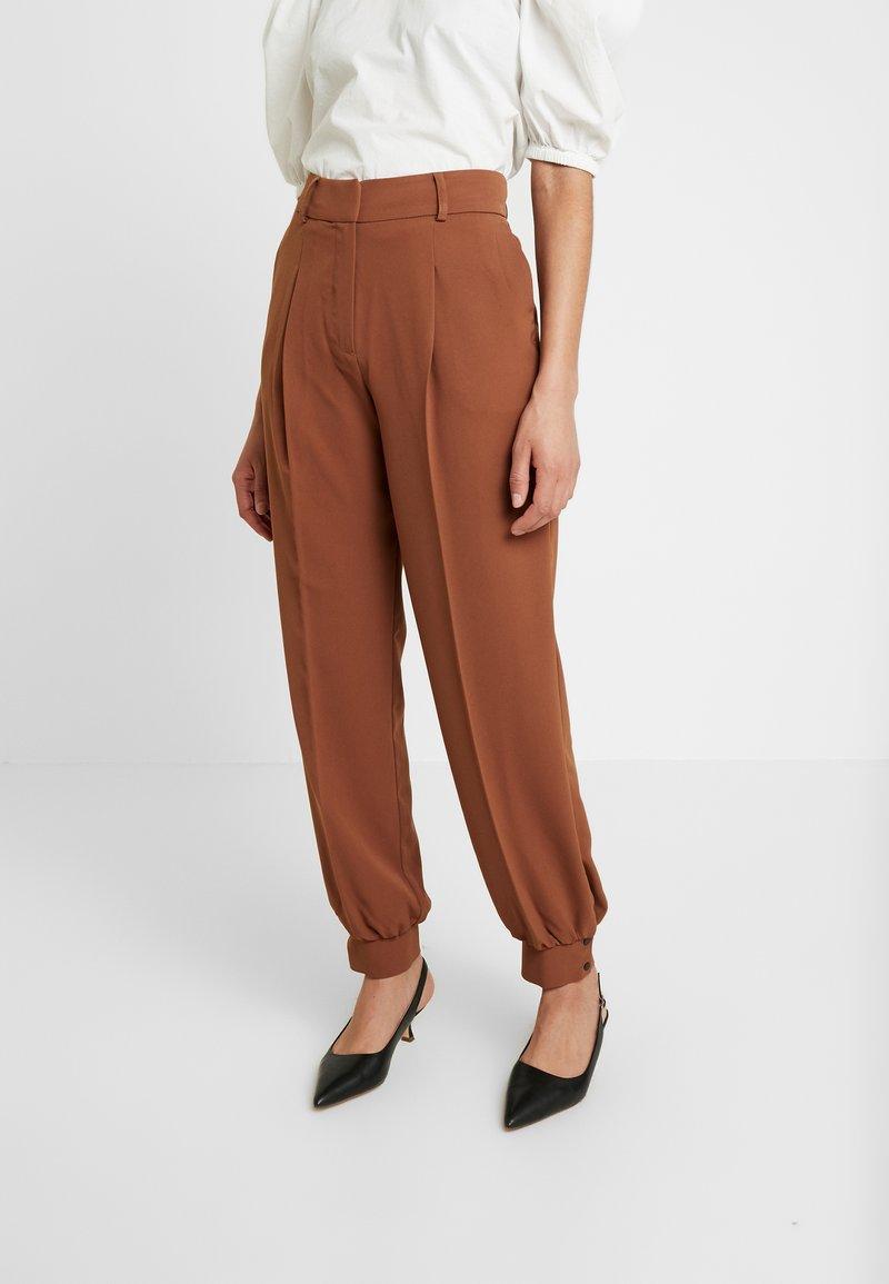 Selected Femme - Pantaloni - chipmunk