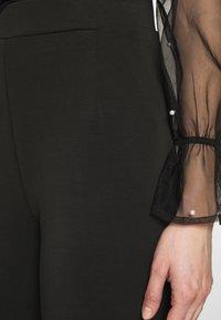 Selected Femme - SLFTUIJA TEA WIDE PANTS - Kangashousut - black - 4