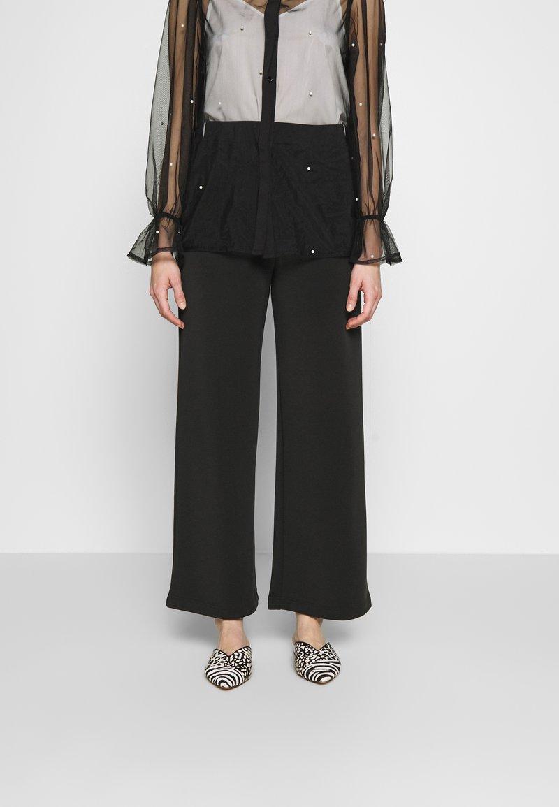 Selected Femme - SLFTUIJA TEA WIDE PANTS - Trousers - black