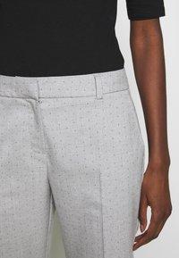 Selected Femme - SLFLUNA PANT - Broek - light grey melange - 5