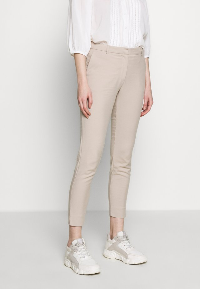SLFMUSE FIE CROPPED  PANT - Tygbyxor - dove