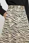 Selected Femme - SLFDINA SKIRT - Maxirock - khaki