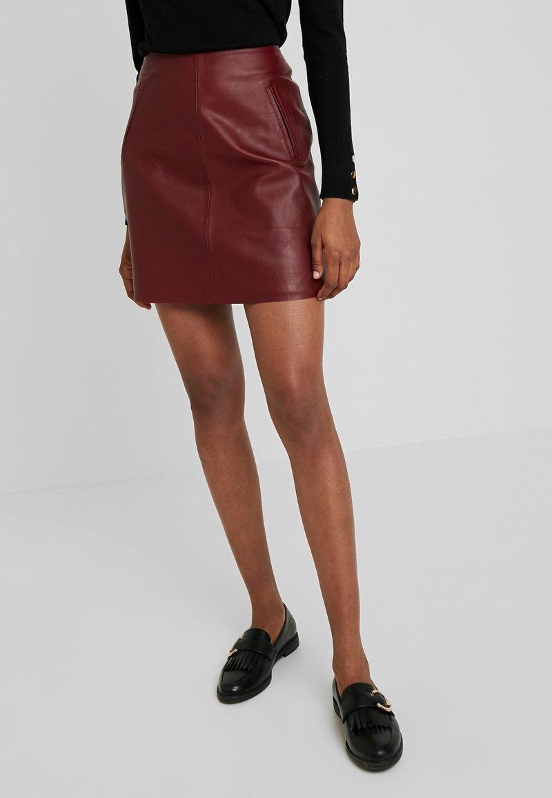 Selected Femme - SLFNINI SKIRT - Leather skirt - cabernet