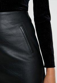 Selected Femme - SLFNINI SKIRT - Falda de cuero - black - 5