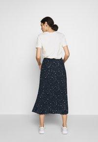 Selected Femme - SLFJOSIE MIDI SKIRT - A-line skirt - dark sapphire - 2