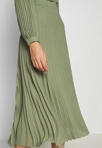 Selected Femme - SLFJOSIE MIDI SKIRT - A-line skjørt - oil green - 5