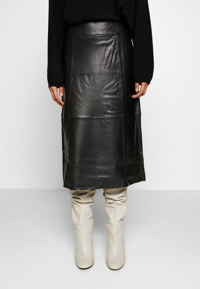 SLFARDEE SKIRT - Spódnica trapezowa - black
