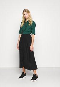 Selected Femme - SLFALEXIS MIDI SKIRT - A-line skirt - black - 1